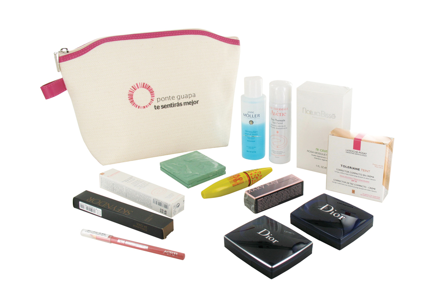 KOSMETIK-SET FÜR WORKSHOP-MITARBEITER DES PROGRAMMS, 'LOOK GOOD, FEEL BETTER' | Von Spanish Kits Company entworfenes Textil-Necessaire mit Kosmetikprodukten bekannter Marken. Dior, Skeyndor, Anne Möller, NaturaBissé, La Roche-Possay, Mary Kay...